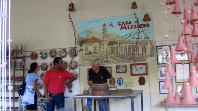 Casa del Alfarero pottery house