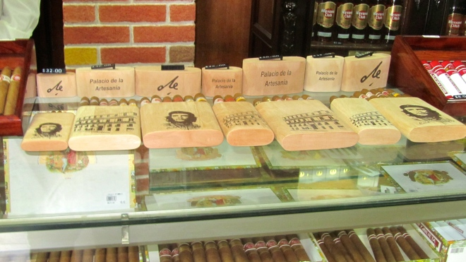 Cedar cigar holders