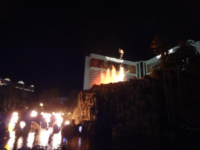 The volcano erupting at the Mirage Resort