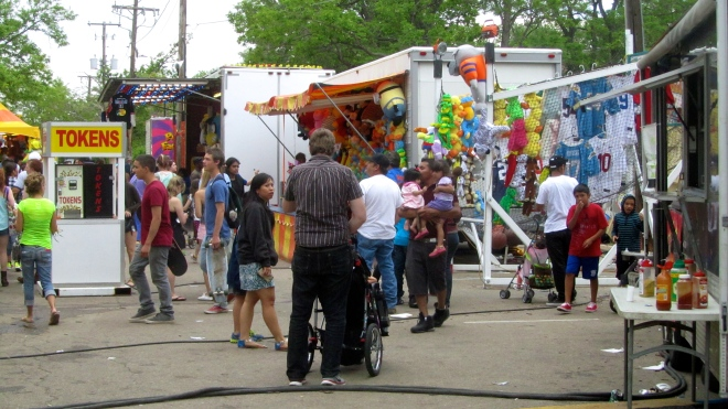 Carnival fun at Boulder Creek Festival