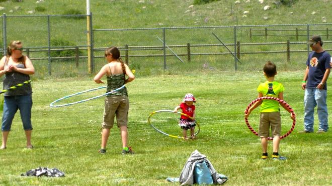 Hula-hoop time!