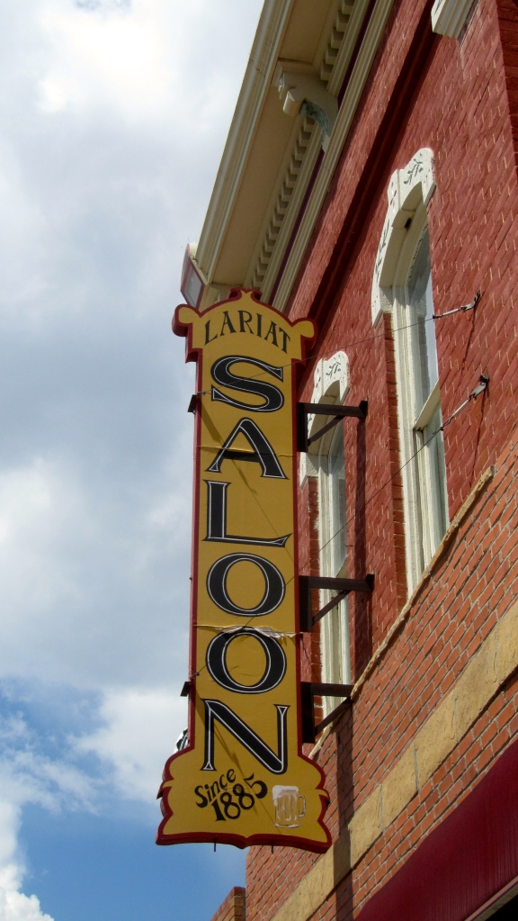 Lariat Saloon since 1885