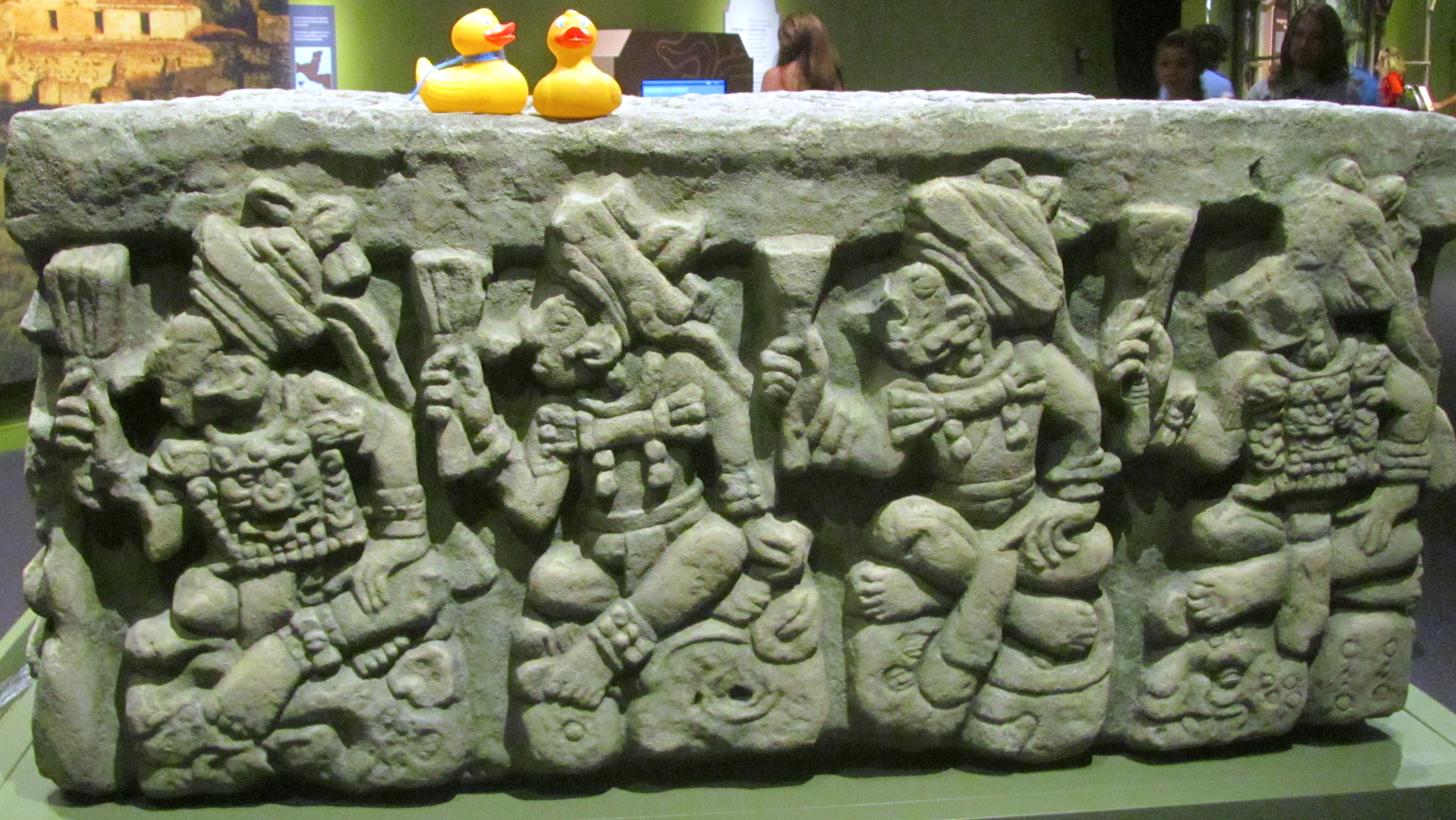 mayan sacrifice table - HD4320×2432