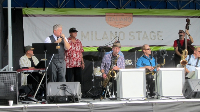 Rumble Seat group performing