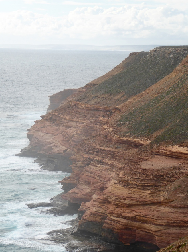 Great cliffs to Indian Ocean