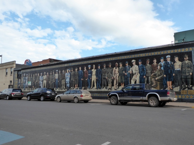 Mural art honoring US Military