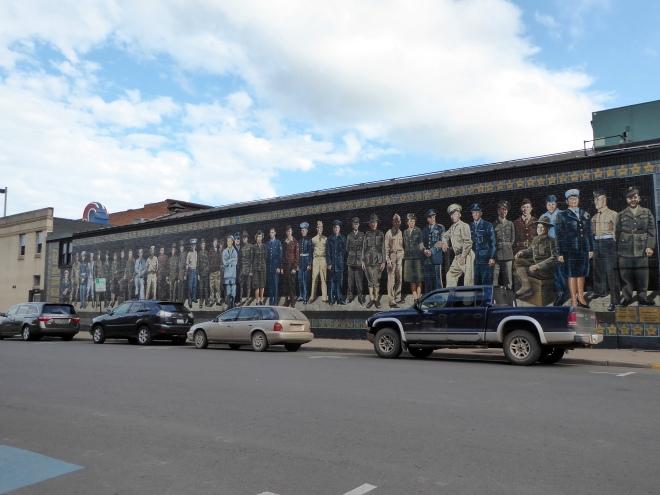 Mural art honoring US Military