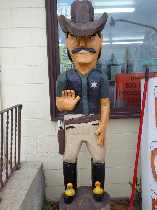 Wooden sheriff. Detroit Lakes, Minnesota