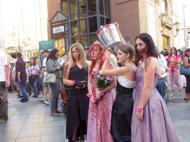 Lady zombies